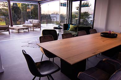 LE Projects - ConferenceTable -